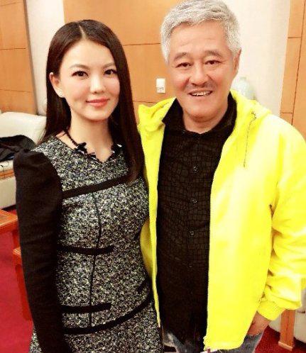 李湘否认主持春晚 与赵本山有私人合作资讯生活